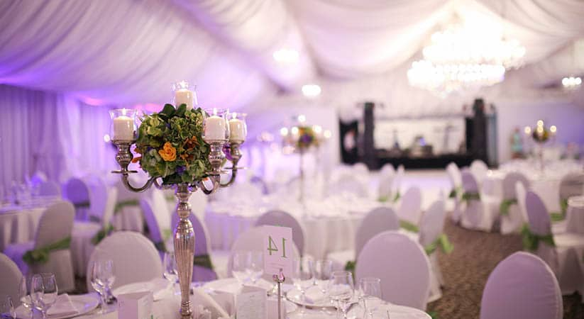 Significance of wedding tent rentals for outdoor wedding party significance of wedding tent rentals for outdoor wedding party junglespirit Images